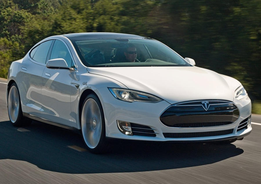 Tesla S P85D от RoboOption